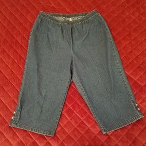 Just My Size by Hanes Capris size 1X (16W)